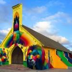 Граффитист разрисовал заброшенную церковь в Марокко
