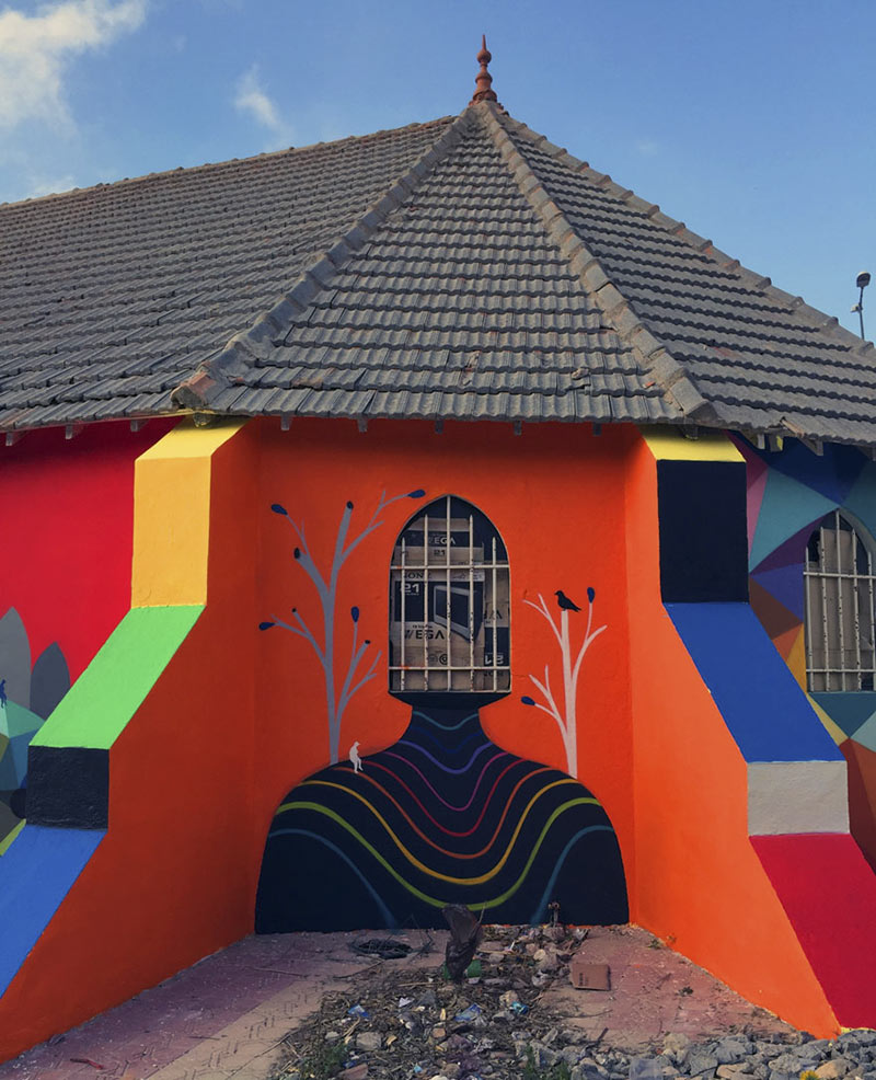 abandoned-church-painted-urban-street-art-okuda-san-miguel-morocco-9