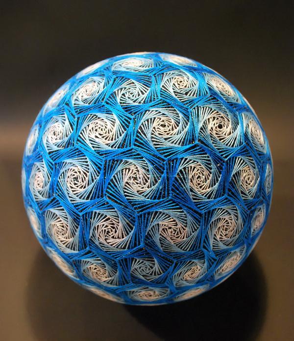 01-amazing-embroidery-art