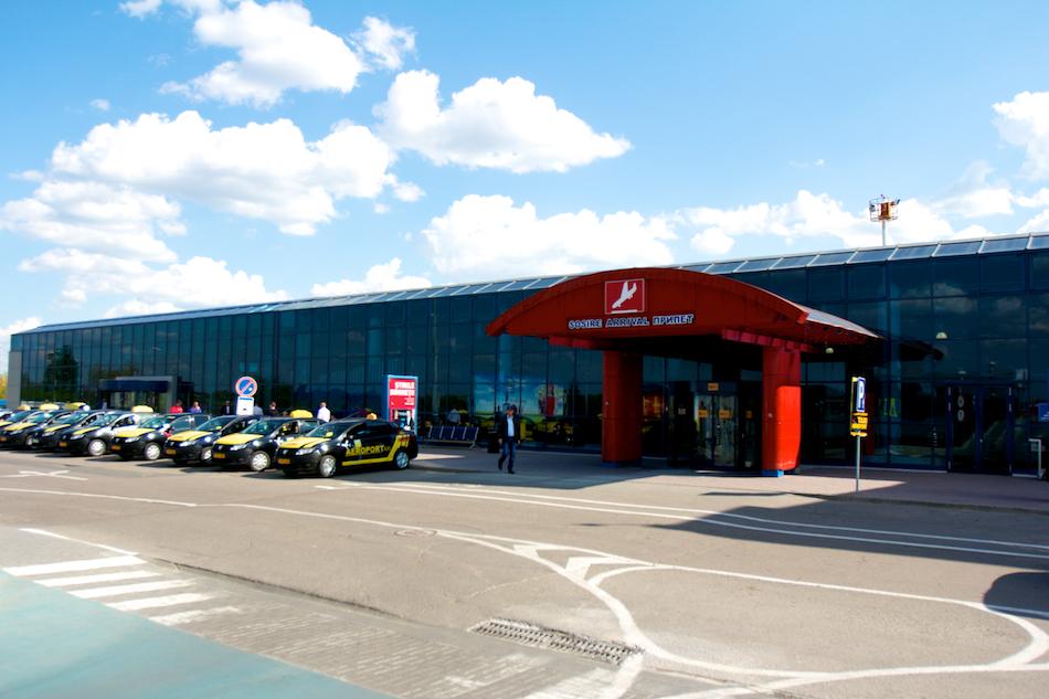 airport-arival-avia-invest00005