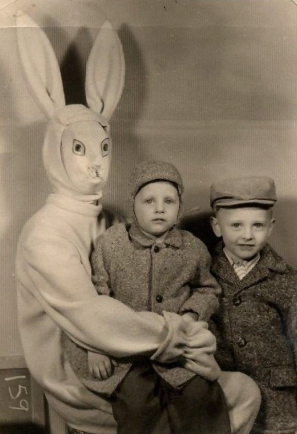 creepy-easter-bunny-kids-952__605