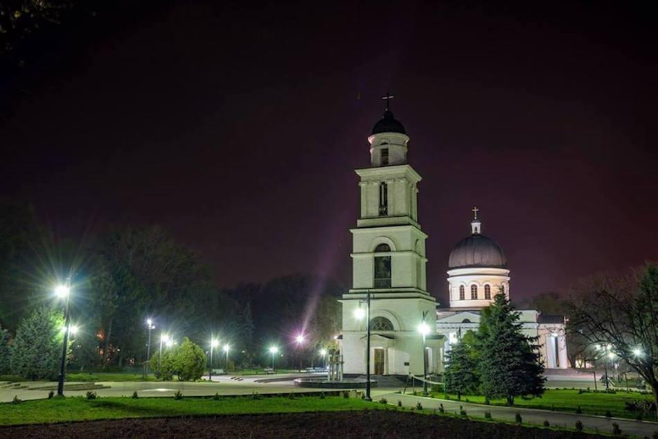furajcov-chisinau-night00004
