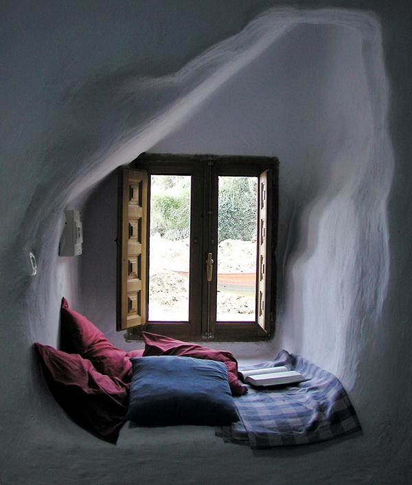 cozy-reading-nook-12