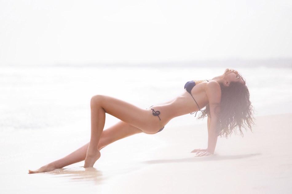 doina-ciobanu-agent-provocateur-lingerie-swimwear-6