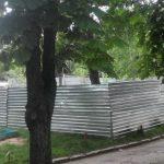 Жители Рышкановки пятый год препятствуют постройке многоэтажки на месте детской площадки