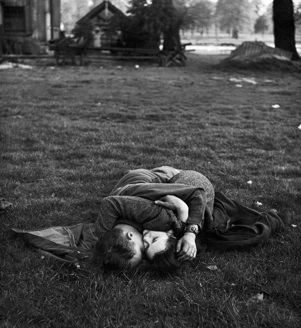 old-photos-vintage-war-couples-love-romance-7-5731f4ac4fa1f__880