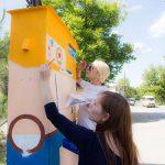 В Кишинёве появился новый стрит-арт объект — двухметровый робот