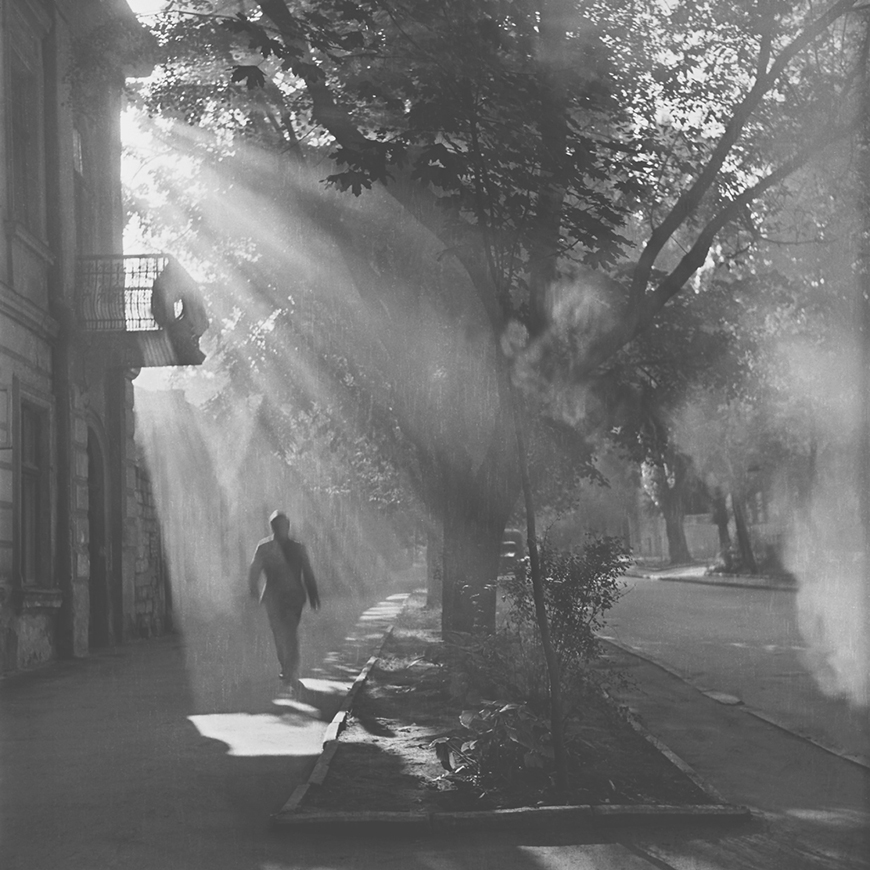 На ул. Митрополит Дософтей (1968). Угол ул. Сфатул Цэрий. Кишинёв.