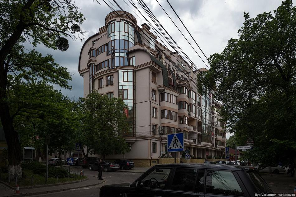 Varlamov-21