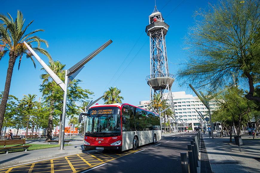 Барселонские автобусы © TMB
