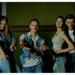 Cover la două piese Carla's Dreams de la tinerii din Crescendo Band