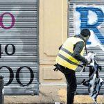 Французский художник делает граффити разборчивыми