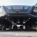 Транспорт будущего: в Китае испытывают автобус, которому не страшны пробки