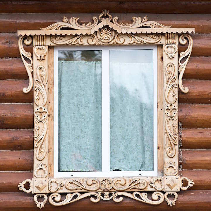RussianWindowArt24