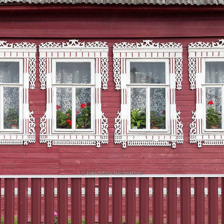 RussianWindowArt29