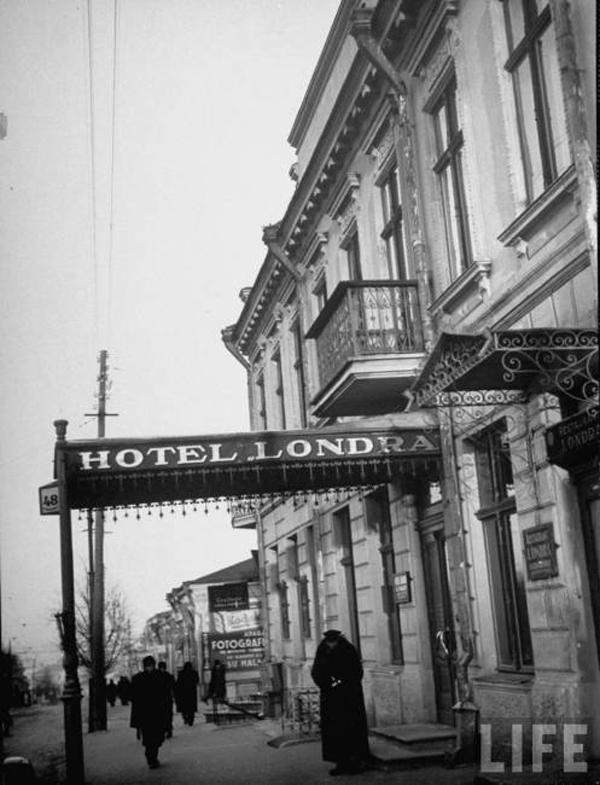 """Отель Лондон в Кишиневе, """"лучший отель в городе"""" . В эту гостиницу съезжалась деловая элита Европы. февраль 1940"""