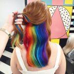 Скрытая радуга в волосах — новый повальный тренд Лондона