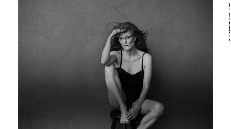 161129120253-pirelli-2017-julianne-moore-exlarge-169