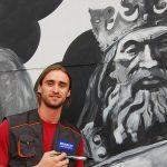 """""""750 de metri de glorie"""" — Radu Dumbravă a pictat cel mai mare mural istoric din Polonia"""