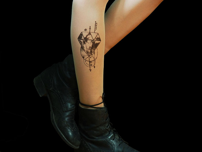 tattoo-tights-tatul-40-582039c7a2ebb__700
