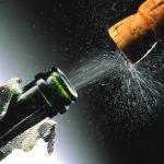 Коротко и ясно: как правильно открыть бутылку шампанского