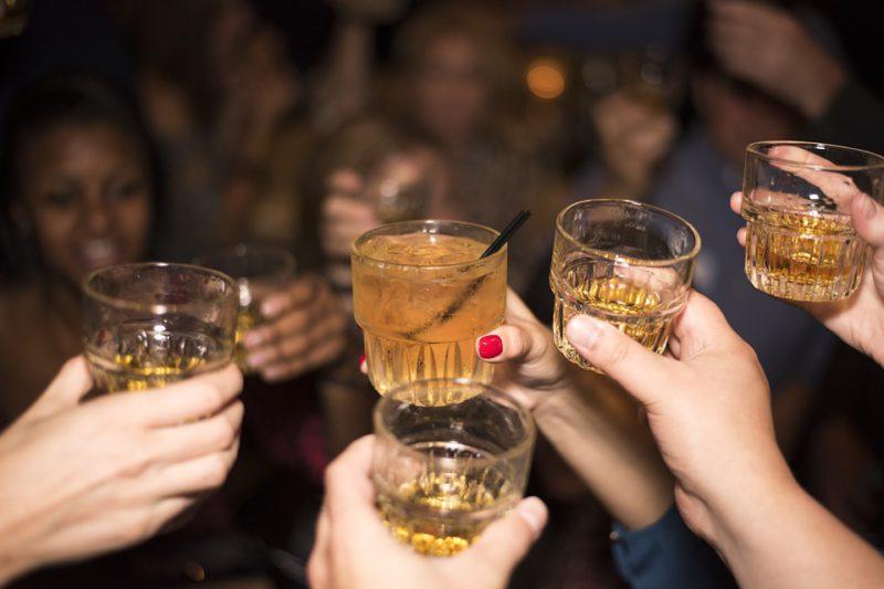 alcohol-492871_960_720-800x533