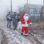 Конфеты женщинам в молдавских тюрьмам и подарки особенным детям: как кишинёвцы помогают нуждающимся