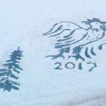Ижевский дворник рисует на снегу, чтобы порадовать детей