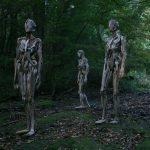 Скульптуры-призраки из коряг Нагато Ивасаки