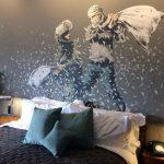 Бэнкси открыл гостиницу с видом на палестинскую стену