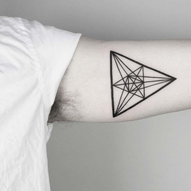 Геометрические фигуры тату