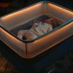 Компания Ford создала детскую кроватку, имитирующую поездку в автомобиле