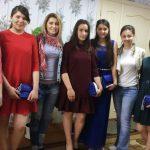 Выпускницам гимназии-интерната из Страшен собирают платья для выпускного вечера в рамках кампании Dress a Soul