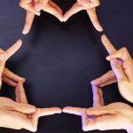 Пальчиковый калейдоскоп: Xtrap показал танец пальцами рук