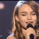 """VIDEO: Moldoveanca Eva Timuș a cântat piesa Andrei în finala """"Românii au Talent"""""""