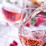 Смотри на жизнь в розовом цвете и знакомься с розовыми винами, произведенными в Молдове!