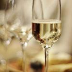 10 местных вин, которые подойдут к новогоднему столу