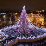 В Вильнюсе установили самую красивую в Европе елку