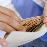 В Молдове зарплаты «в конвертах» получают 8,8% работников