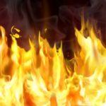 Один человек пострадал от пожара в супермаркете на Малой Малине
