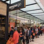 Amazon открыл первый в мире магазин без касс и продавцов. Смотрим в соцсетях, как это было