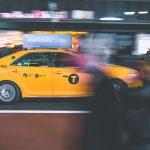 Столичные службы такси переходят на работу по счетчику