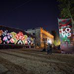 В центре Кишинёва состоялось необычное открытие большого мурала Un Pic De Love