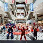 В день детей они захватили самый современный торговый центр страны