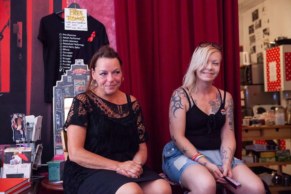Девушки работа в амстердаме модели онлайн пестово