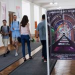 Фоторепортаж: в Кишинёве открылась выставка «Underground Images». Плакаты Школы изобразительных искусств в Нью-Йоркской подземке с 1947 до наших дней»