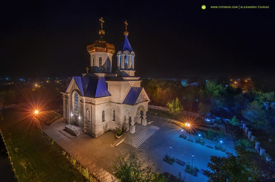 7. Бессарабка. Вид на церковь Святого Николая
